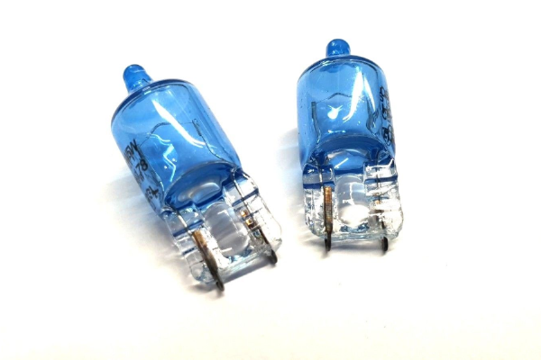 Jaguar XF Pair Of Blue Sidelight bulbs